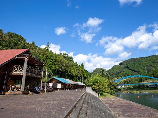京丹波町和知B&G海洋センターカヌー艇庫・カヌークラブハウス