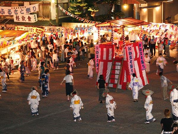 和知文七踊り