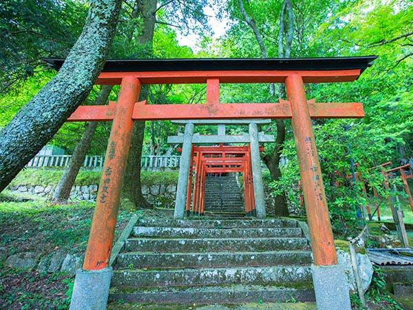 導観稲荷神社