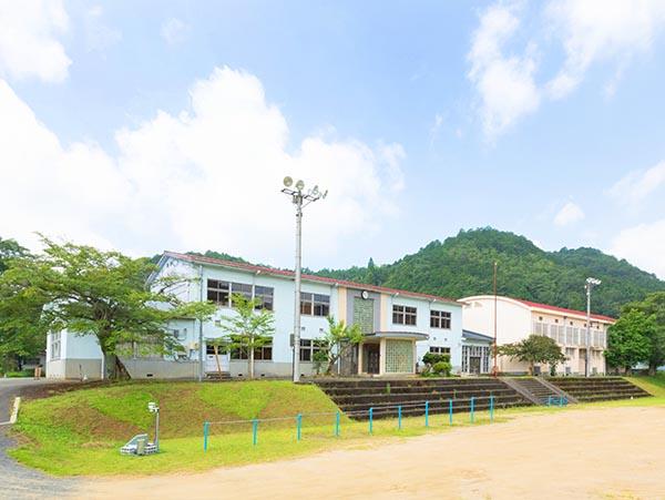 旧質美小学校(質美笑楽講)